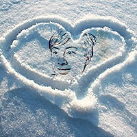Photo effect - Heart on snow